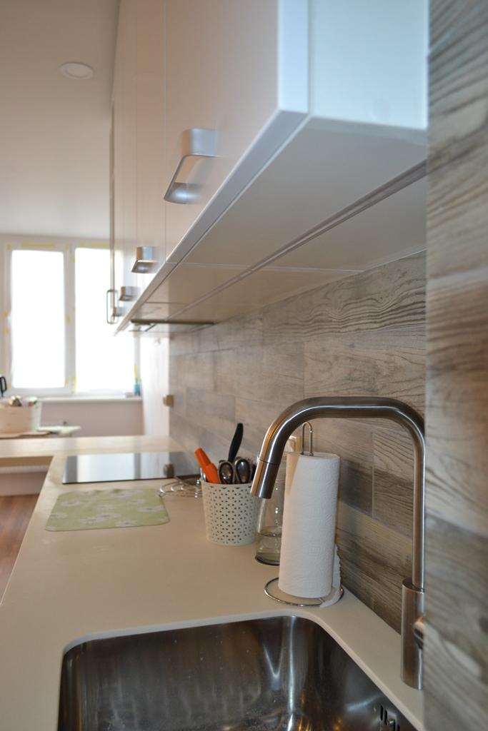 Біла кухня скандинавський стиль на заказ