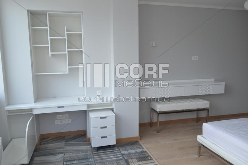 Меблі для спальні у стилі хай-тек на заказ