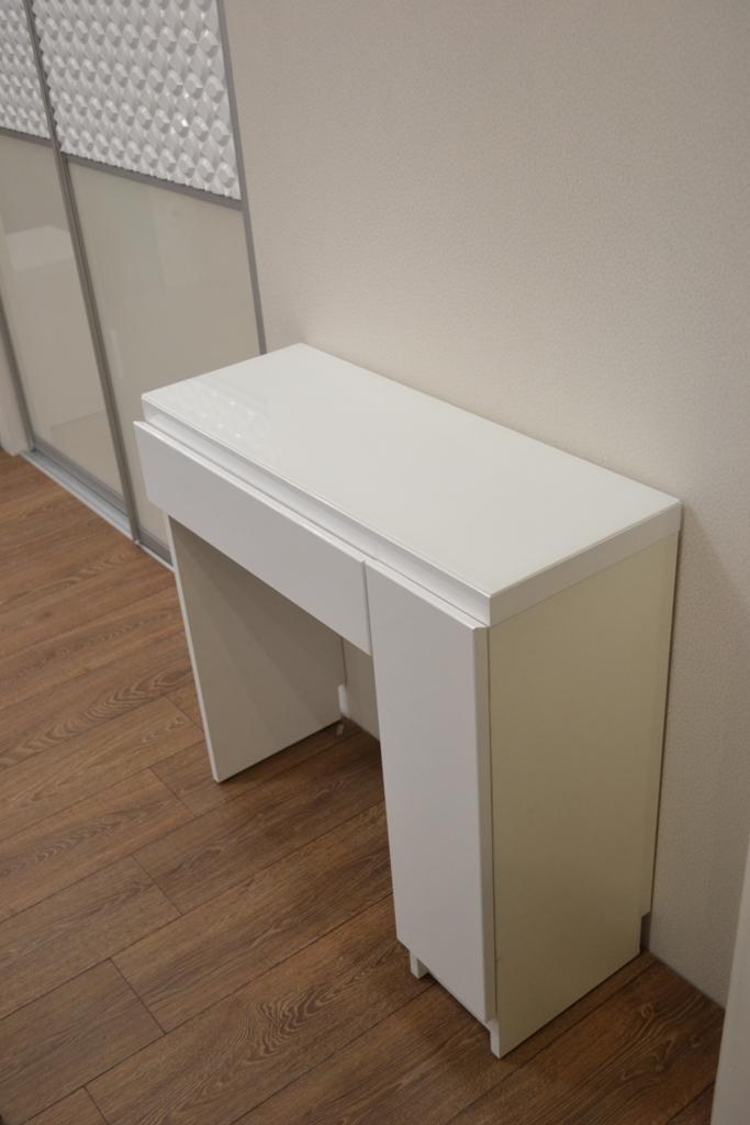 Туалетный столик в спальню белый на заказ