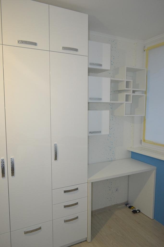 Подростковая детская комната для мальчика на заказ