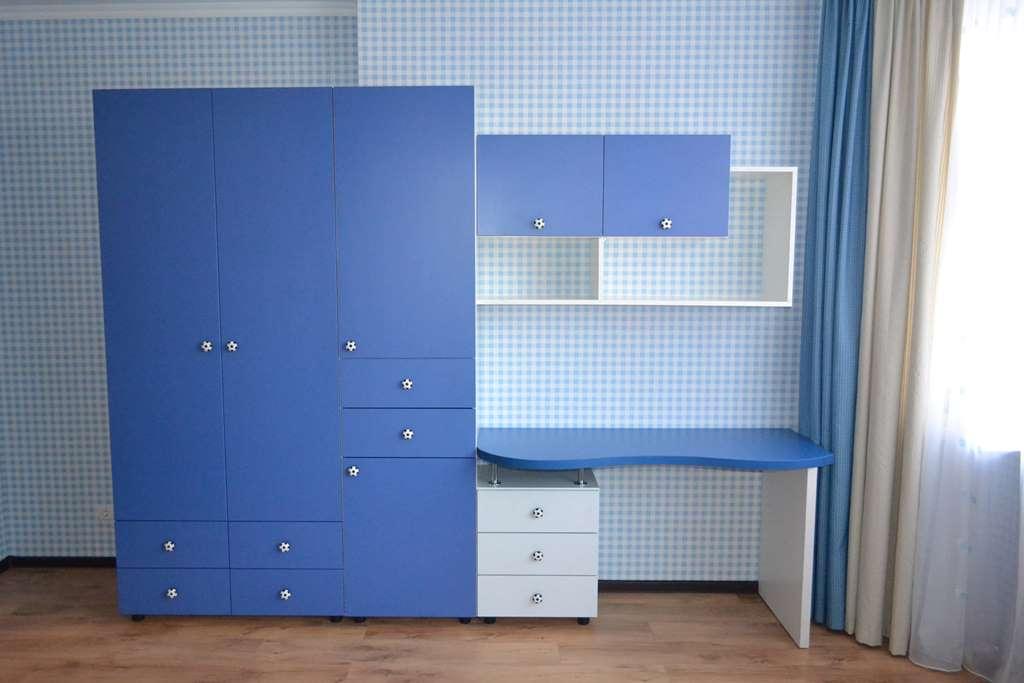 Мебель в детскую для мальчика на заказ