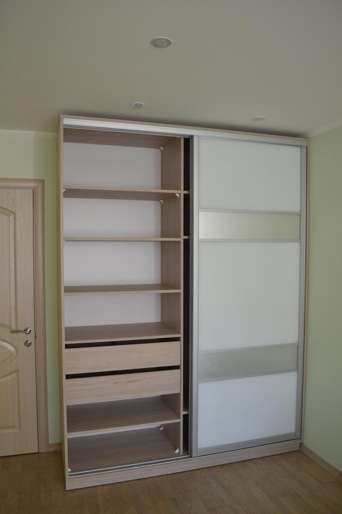 Меблі в дитячу - кімната для дівчинки на заказ