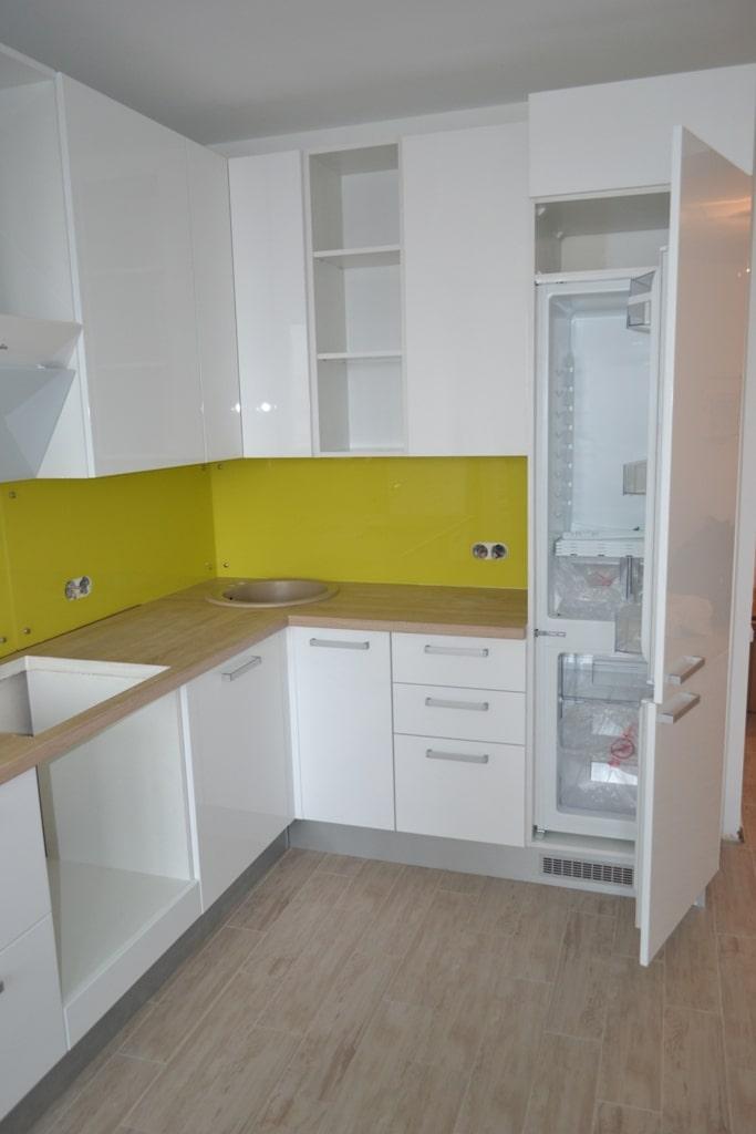 Біла кухня в стилі модерн на заказ